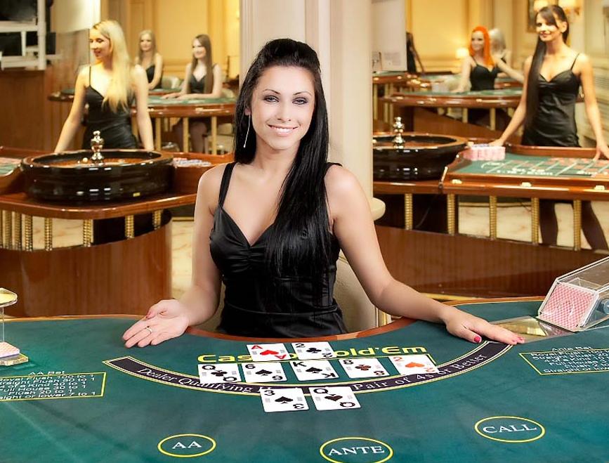 Permainan Judi Fenomenal Live Poker Dengan Dealer Wanita